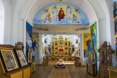 Интерьер Покровского собора, вид от входа